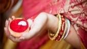 Bengal: Mob gets sindoor applied to minor girl by dead boyfriend's hand