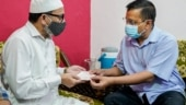 Delhi CM Arvind Kejriwal gives Rs 1 crore as financial aid to family of late 'Corona warrior'