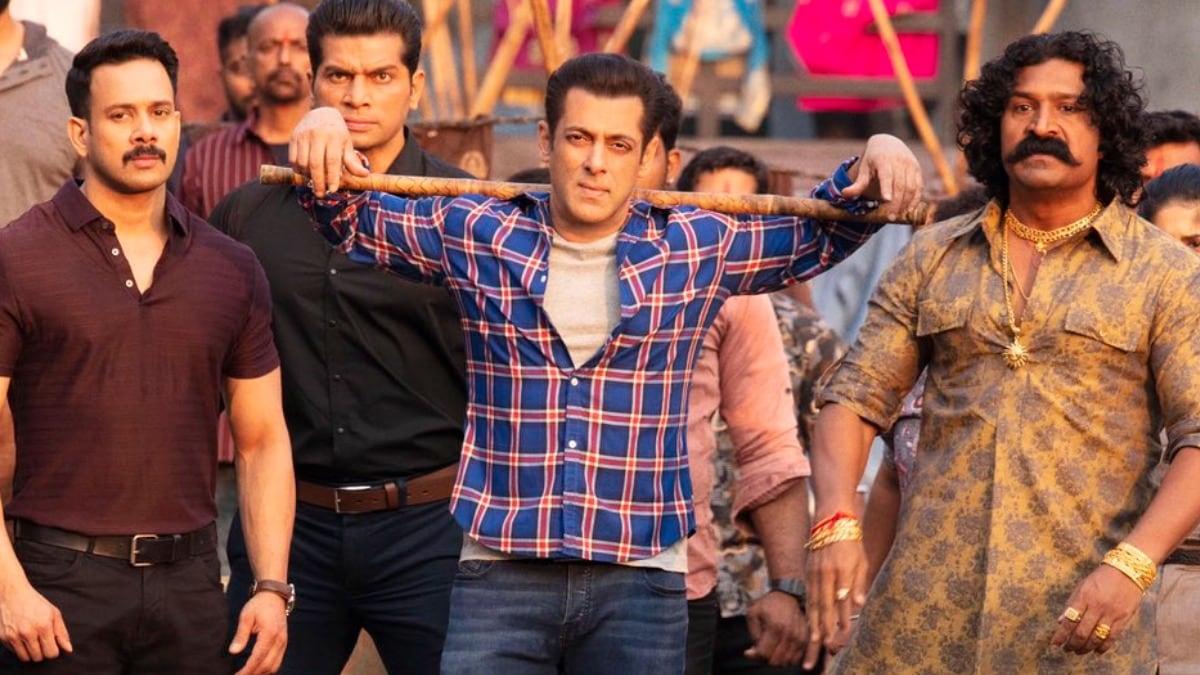 Radhe Movie Review: Salman Khan fans call his latest movie an Eid  blockbuster - Movies News
