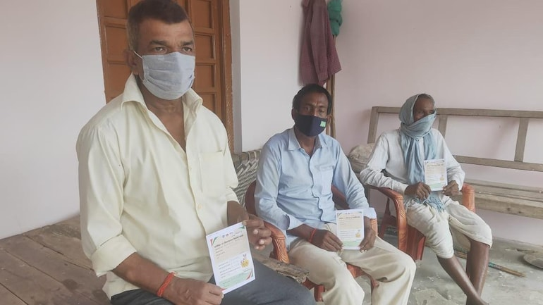 Debate brews over vaccine cocktail after 20 in UP village vaccinated with  both Covishield & Covaxin - Coronavirus Outbreak News