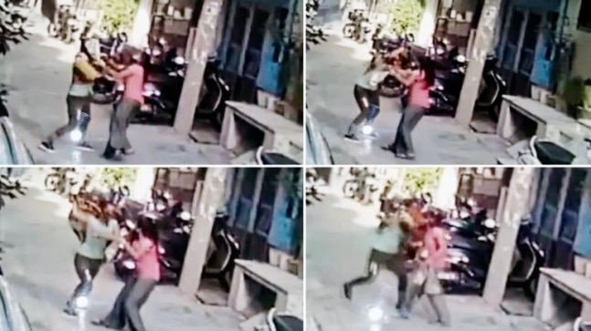 22-year-old beats, robs woman of her mobile phone in Delhi's Sultanpuri, arrested   Watch