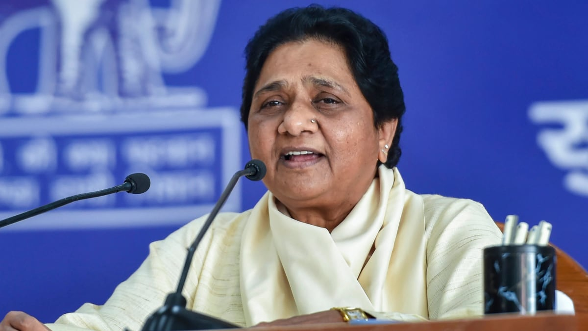 What's behind Mayawati's spring cleaning of the BSP - India Today Insight News