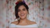 Richa Chadha burns her roti, fans joke she can use it to break trolls' heads