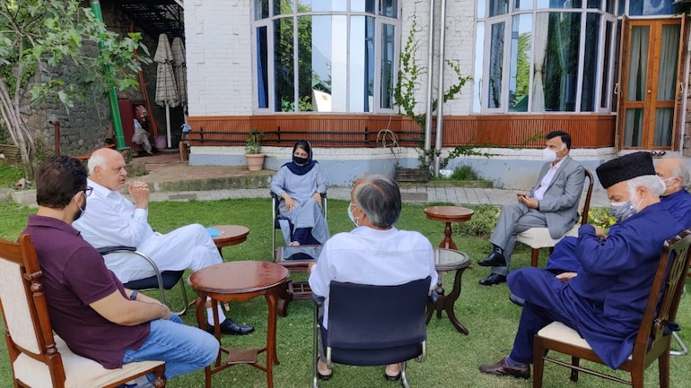 J&K: Gupkar Alliance leaders meet, assure people of fighting for their rights