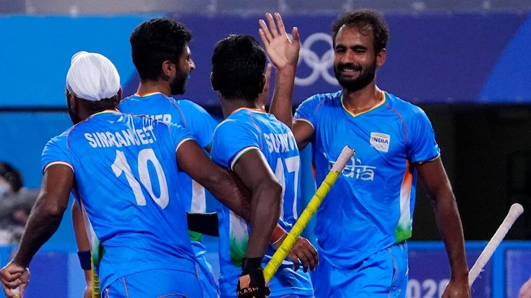 Tokyo Olympics: Indian men's hockey team thrash Japan 5-3 to finish 2nd in  Group A - Sports News