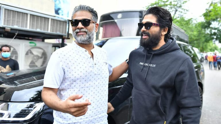 Allu Arjun (R) wished his dear brother Allu Bobby as he forays into film production.
