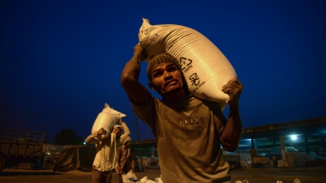 India's rank in Global HungerIndex falls from 94th in 2020 to 101st in 2021, Pakistan and Bangladesh fare better