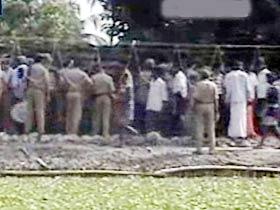 Metro coaches derail in Kolkata