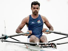 Takhar wins rowing gold for India