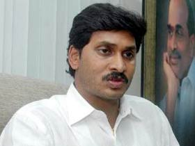 Jagan rebels against Sonia, PM