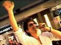 Shah Rukh Khan promotes <em>Ra.One</em>