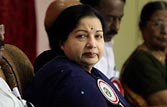 Disproportionate assets case: Jayalalithaa appears in Bangalore court for second day