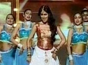 Chitrangada turns item girl