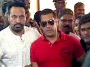 Fan frenzy for Salman Khan