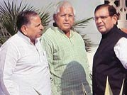 Lalu leads the charge against Anna