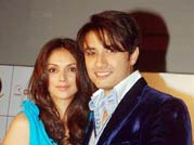 Ali Zafar romances Aditi Rao onscreen