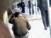 Delhi cop humiliates constable in court premises