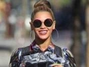 Beyonce steps out with her baby