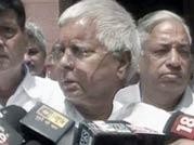 Lalu Prasad Yadav backs jewellers demand, meets Pranab Mukherjee