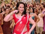 Sonakshi Sinha's sizzling Chamak challo dance number