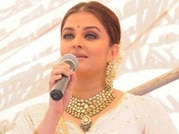 Aishwarya Rai inaugurates jewellery store