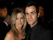 Jennifer Aniston announces her engagement with Justin Theroux