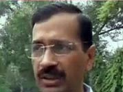 Delhi police detain Arvind Kejriwal from 7 RCR