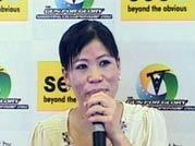 Mary Kom croons Bollywood number at Pune function