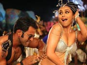 Latest dance number from Aiyyaa