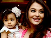 Aaradhya in all her glory with mommy Ash on her big day