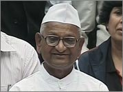 Hazare backs Sangli farmers