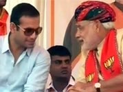 Irfan Pathan joins Narendra Modi for election rally in Kheda
