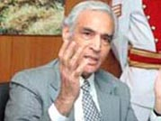 Lt Governor returns to seething Delhi after week-long holiday