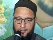 Asaduddin Owaisi surrenders before court in a 2005 case