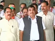 I-T launches second round of probe against Gadkari