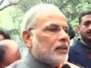 Modi meets PM with Gujarat projects on his mind