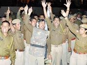 Massive police uproar in Jaipur: 3000 policemen protest against Pakistan PM's visit