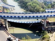 Huge portion of Ultadanga flyover near airport collapses in Kolkata