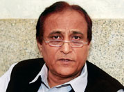 Samajwadi Party leader Azam Khan detained briefly at Boston airport for questioning