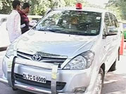 End of VIP culture? SC shows red signal to VIP beacons, directs Centre to curtail use