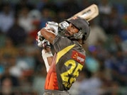 Mumbai Indians take on Sunrisers Hyderabad at Wankhede