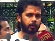 IPL spot-fixing accused S Sreesanth mobbed at Kochi airport