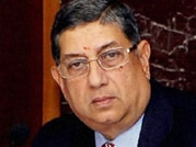 N. Srinivasan likely to quit today at BCCI emergency meet