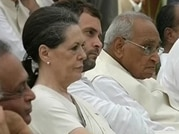 Crucial meet on Telangana ends, Congress buys more time