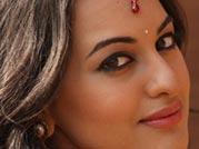 Watch: Gandi Baat, the new song from R...Rajkumar