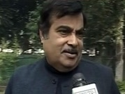 Onus on BJP, AAP to form good govt, Gadkari says no horse trading