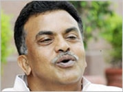 Cut power tariff in Mumbai like AAP in Delhi: Sanjay Nirupam