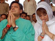 Leave us alone, Sunanda Pushkar tells Pak journo