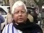 Only 3 of 22 MLAs show up for Lalu Prasad's emergency meet