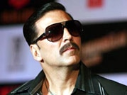 Akshay Kumar steals the show while promoting Fugly